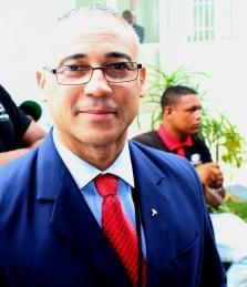 thumbnail_DOCTOR PEDRO ARROYO DIRECTOR HOSPITAL 1.jpg