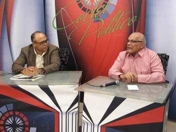 thumbnail_Desde la derecha el empresario Remmberto Abreu%2c entrevistado en el programa de television Coctel Politico Moca Vision.jpg