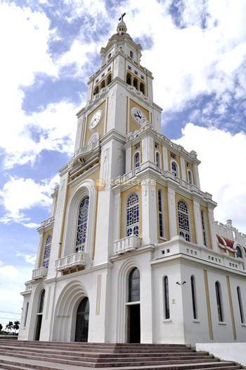 thumbnail_IGLESIA SAGRADO CORAZON DE JESUS MOCA.jpg