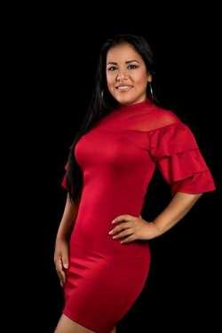 thumbnail_Ingrid Sol, talentosa artista de Santiago; muestra calidad de su voz distintos escenarios de la region.jpg