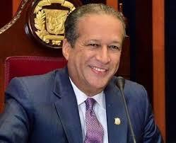 Reinaldo Pared Pérez, se dirigirá al país esta tarde a través de alocusión